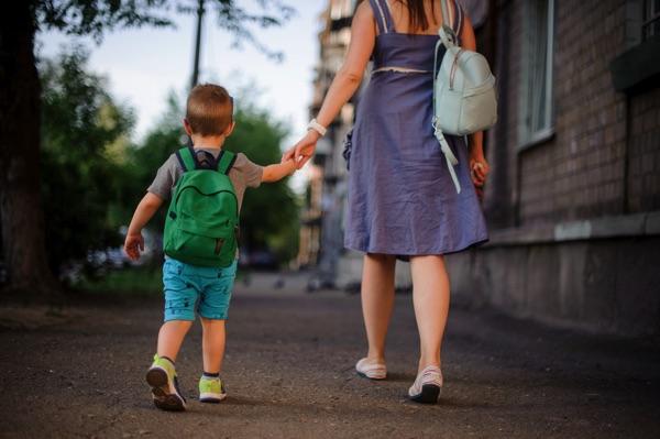 garde d'enfants domicile soleil à domicile franchise péri scolaire